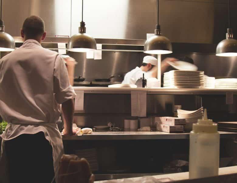 Comment choisir son équipement professionnel de cuisine ?
